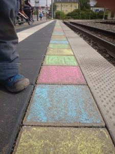 Ordnungswidrigkeit: Kreidemalerei auf Straße in Winzerla (Jena)