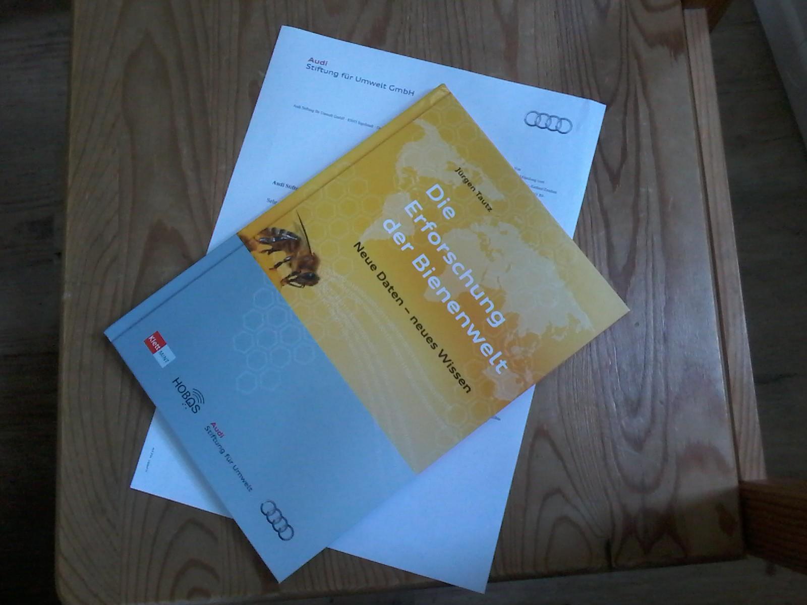 """Das Buch """"Die Erforschung der Bienenwelt"""" von Jürgen Tautz ist da!"""